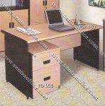 1 Biro Desk Beech